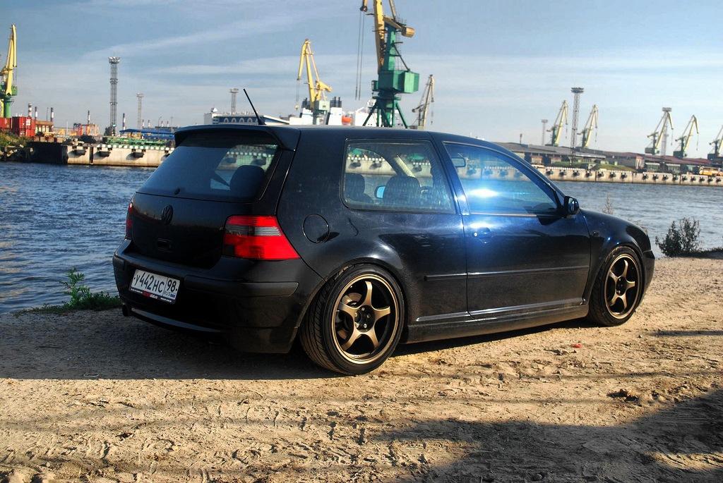 Volkswagen Golf IV GTI. Подвеска XYZ SS